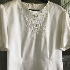 Tops - NEW LOOKING White silk short blouse with cut outs